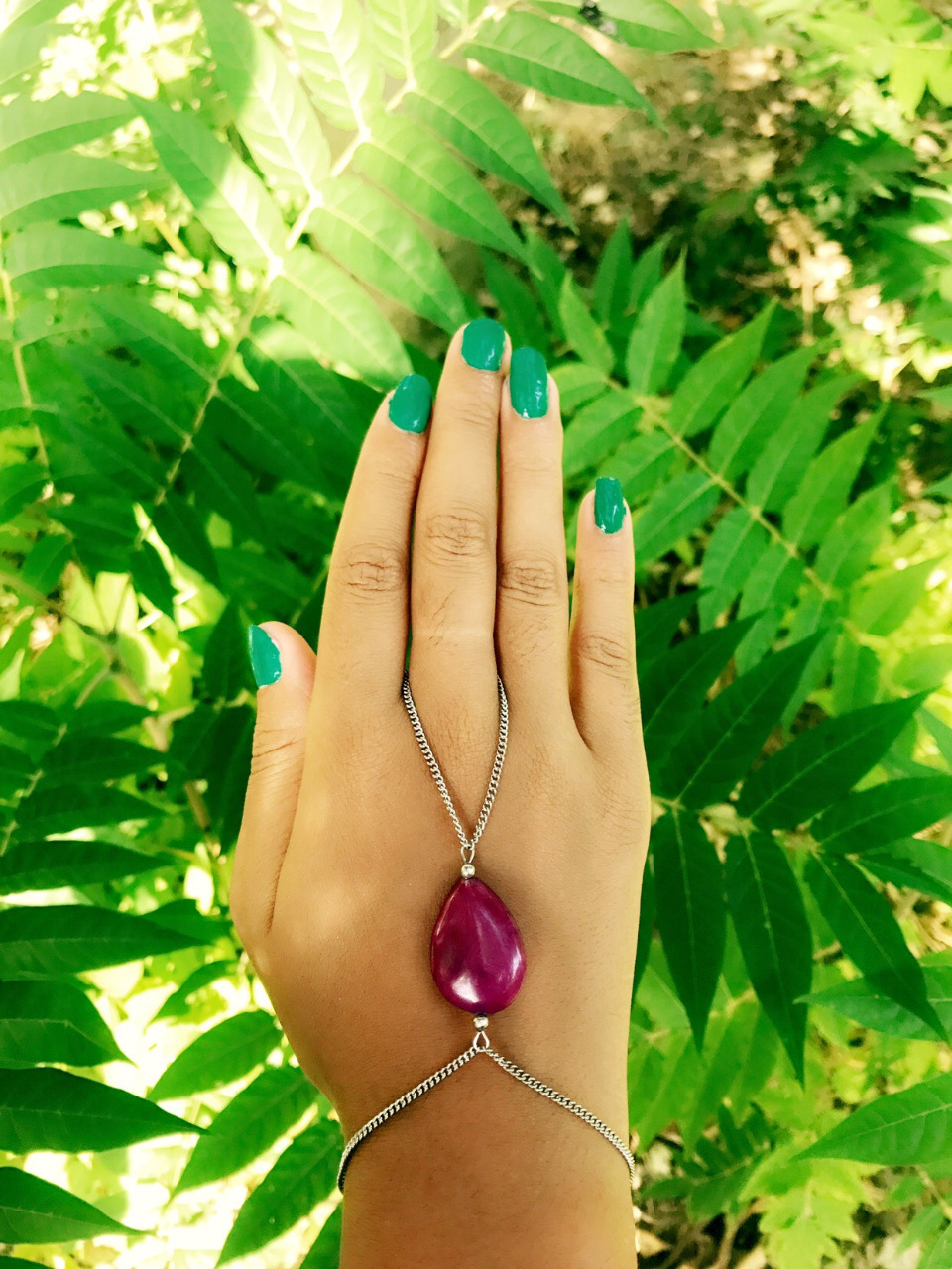 Bijou de main en acier inoxydable et pierre de Jade fushia-Hand jewel with gemstone